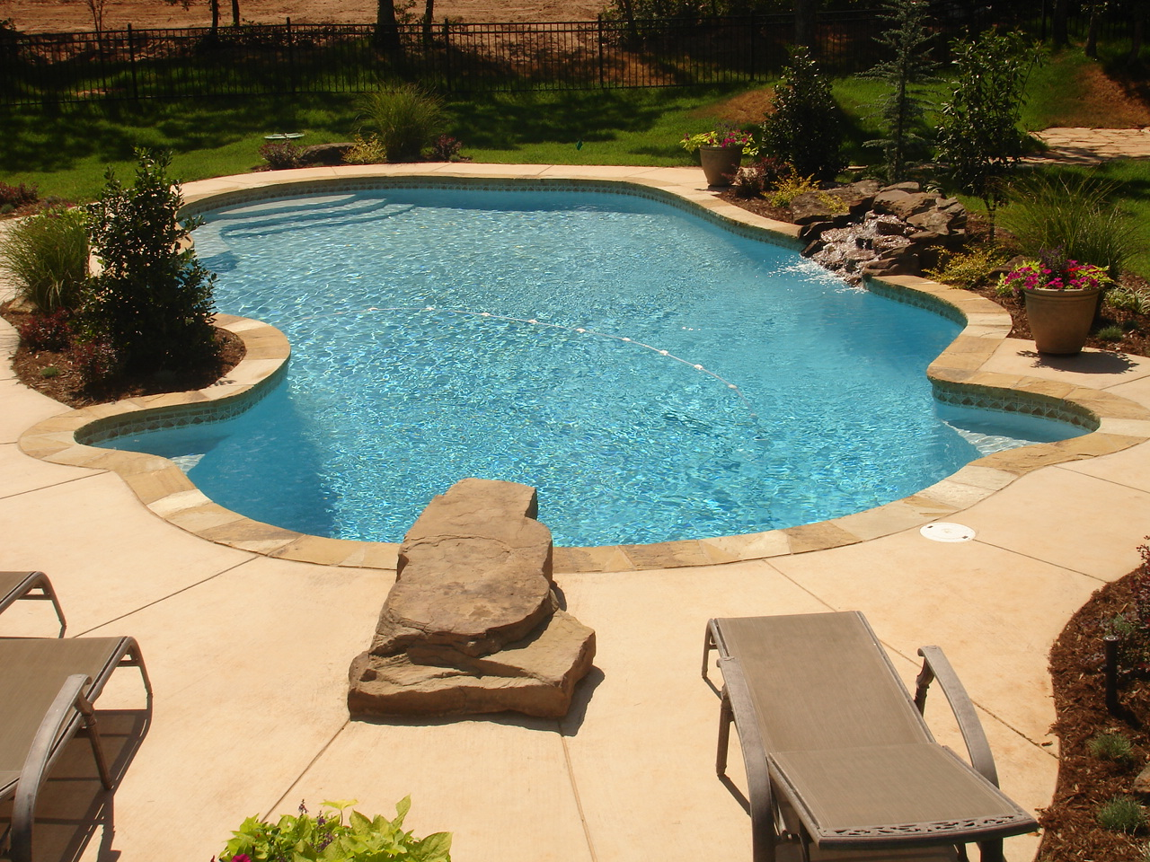 Advantages of a Concrete Swimming Pool - Blue Haven Pools Tulsa