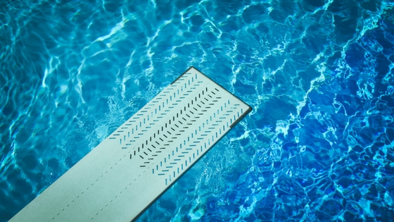 Why Choose A Saltwater Pool Over Chlorine Blue Haven Pools Tulsa