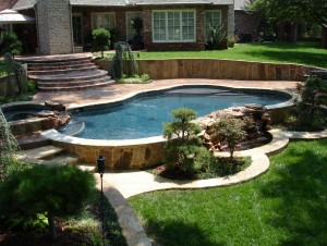 Tulsa OK Pool designed by Blue Haven Pools