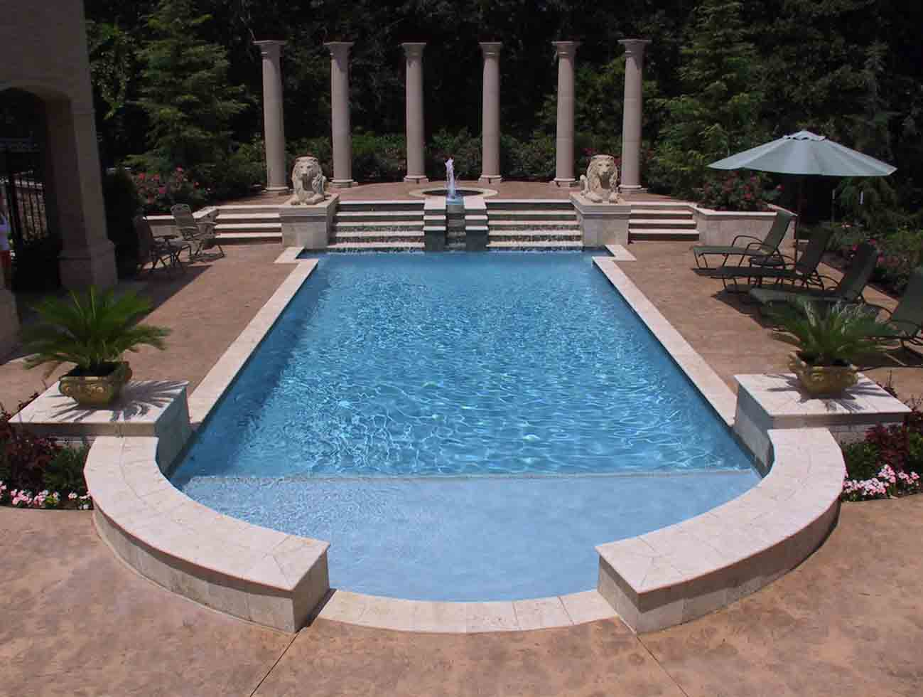 swimming pool built by Oklahoma City Pool Builders BHP